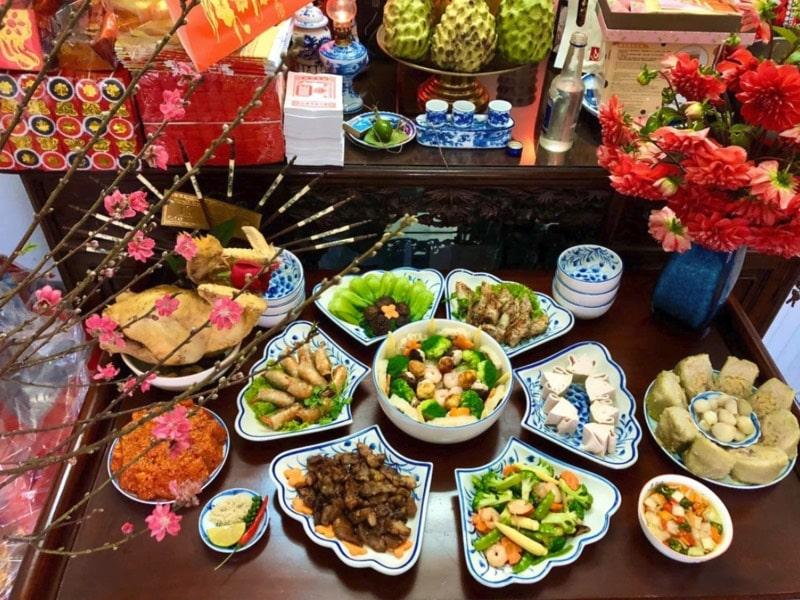 Cúng rước ông bà đã là văn hóa truyền thống lâu đời của người Việt