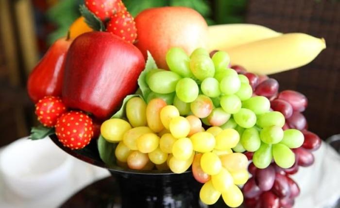 Gia chủ không được sử dụng hoa quả giả để thờ cúng tổ tiên
