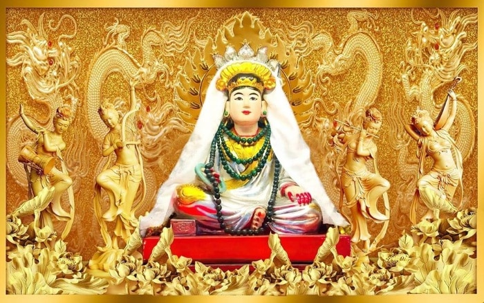 Theo sử sách ghi lại bà chúa Năm Phương được sinh ra trong gia đình họ Vũ tại làng cổ Gia Viên, quận Ngô Quyền, Hải Phòng