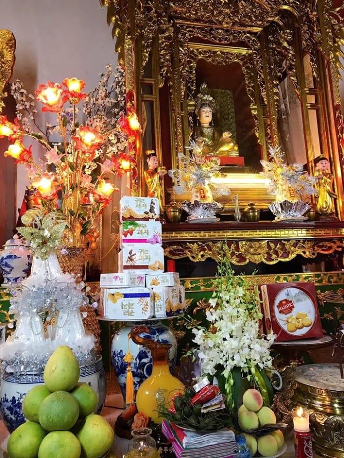 Sắm lễ dâng bà chúa Năm Phương gồm những gì?